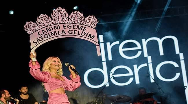 İzmir'de eylül akşamları, fuar konserleri ile özlenen günlerine kavuştu